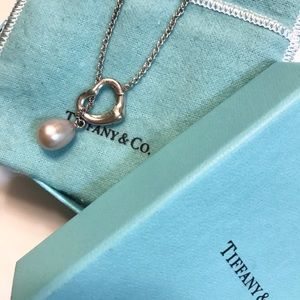 Tiffany&Co Elsa Peretti Open Heart Pearl Necklace